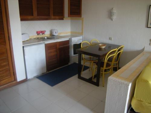 Bella Vista Apartamentos 10