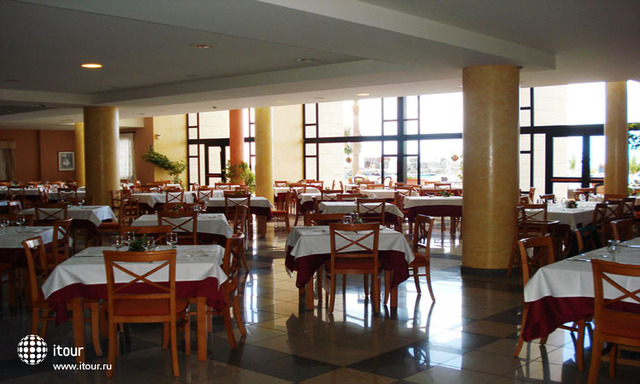 Golf Plaza Spa Resort 3