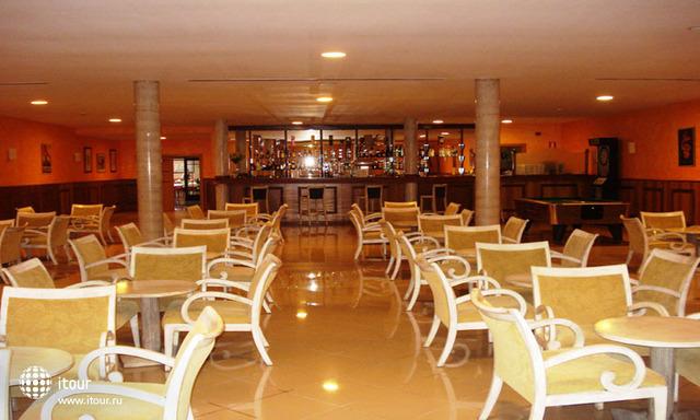 Golf Plaza Spa Resort 8