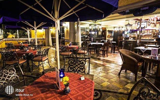Europe Villa Cortes 6