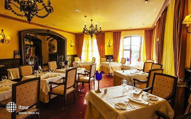 Europe Villa Cortes 8