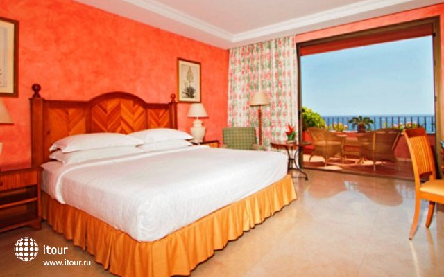 Sheraton La Caleta Resort 2