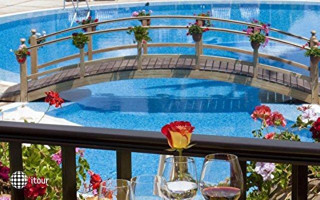 Seaside Grand Hotel Residencia 2
