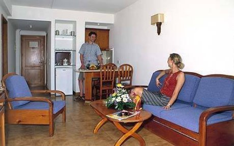 Valentin Marieta Aparthotel 3