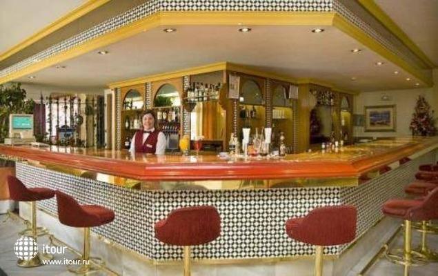 Angela Hotel 8