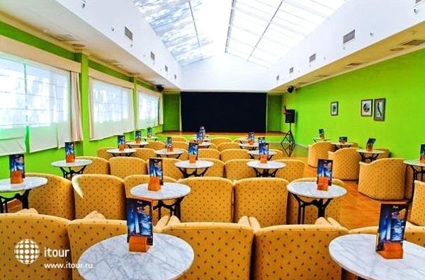 Diverhotel Marbella 6