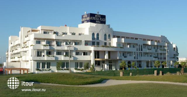 Cabogata Plaza Suites 1
