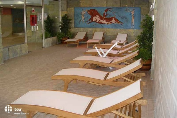 Cabogata Plaza Suites 6