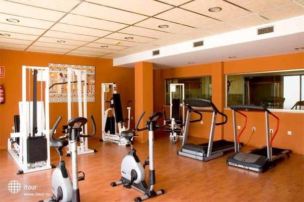 Cabogata Plaza Suites 8