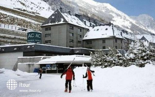 Ac Baqueira Ski Resort 8