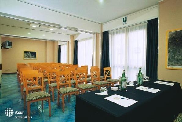 Best Western Hotel Mediterraneo 10