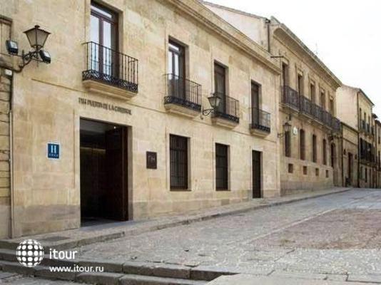 Nh Puerta De La Catedral 1