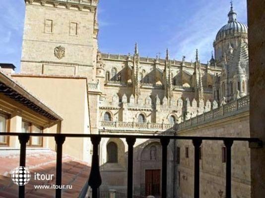 Nh Puerta De La Catedral 8