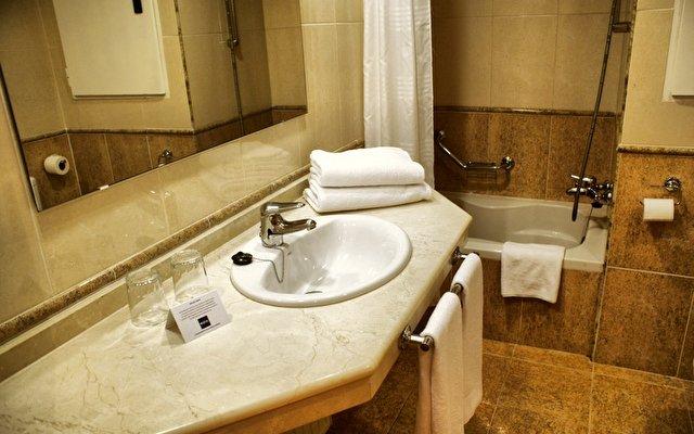 Hotel Maya Alicante 9