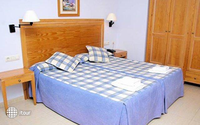 Aparthotel Bahia Pinosol 2