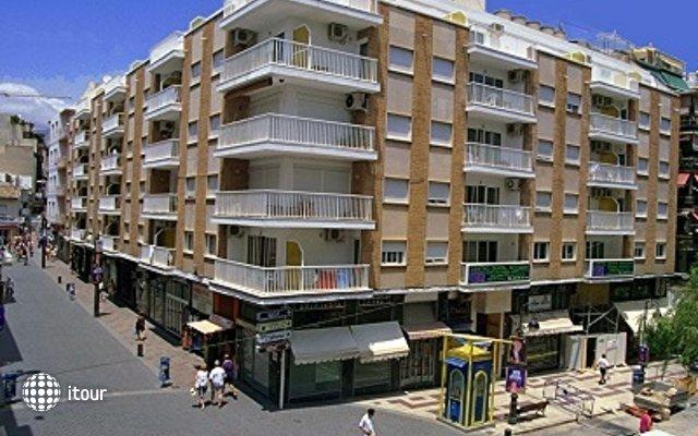 Avenida Apartamentos 1