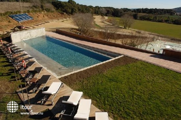 Can Guell Resort Sant Ferriol 2