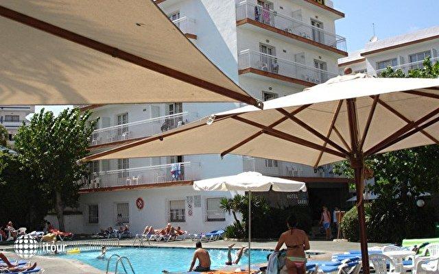 Hotel Villa Garbi 9