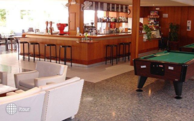 Hotel Villa Garbi 8