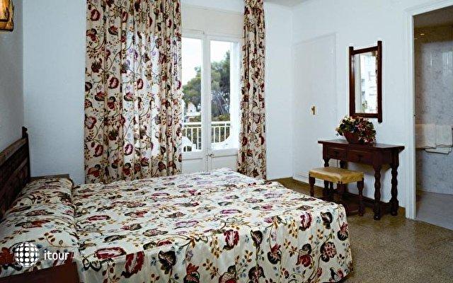 Hotel Villa Garbi 3