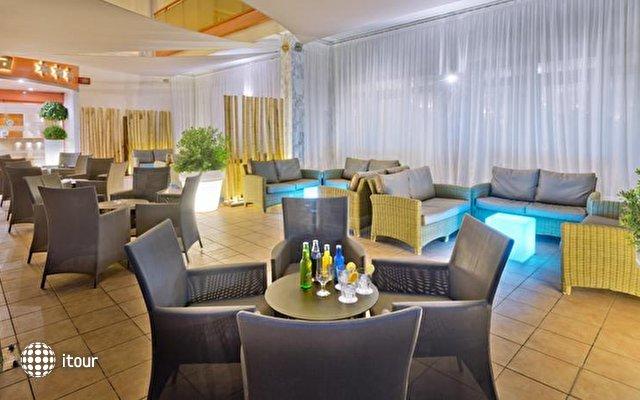 Sumus Hotel Monteplaya 9