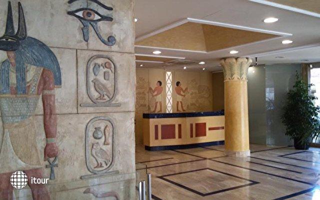 Cleopatra Spa 6
