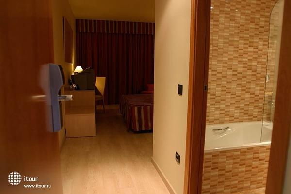 Nou Hotel La Selva Del Camp 5