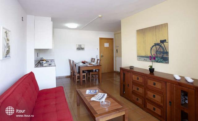 Mediterranean Suites 10