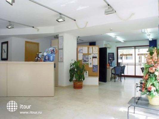 Mariposa Apartments 5