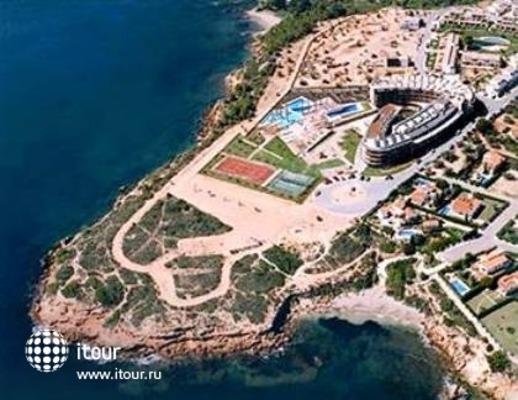 Les Oliveres Beach Resort 1
