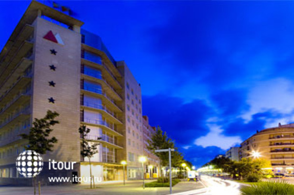 Atenea Aventure Aparthotel 9