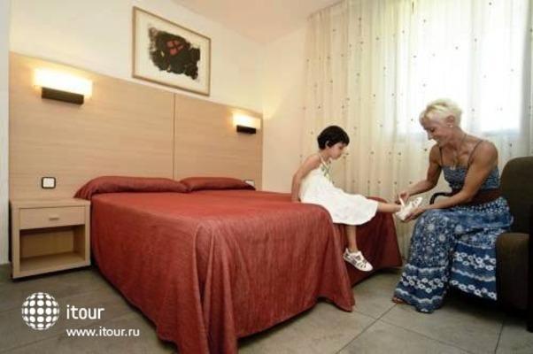 Cye Salou Apartments 9