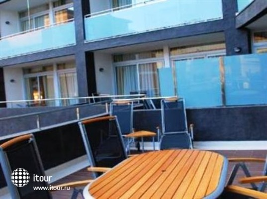 Manhatan Hoteles Suites Cunit 5
