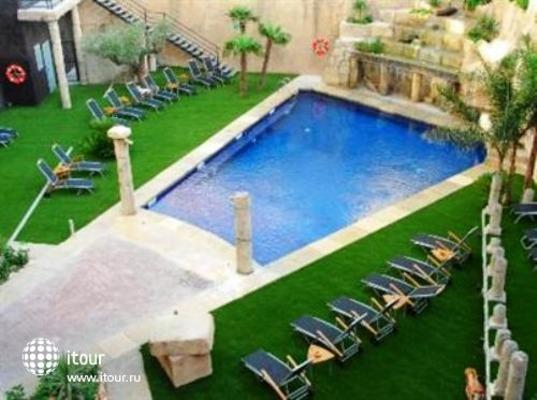 Manhatan Hoteles Suites Cunit 2