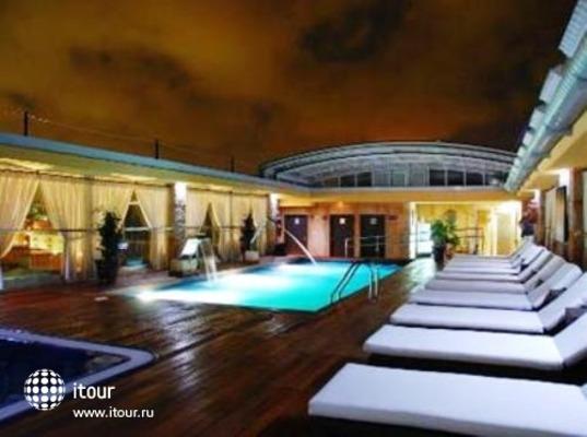Manhatan Hoteles Suites Cunit 10