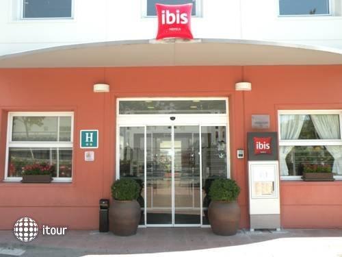 Ibis Barcelona Castelldefels 1