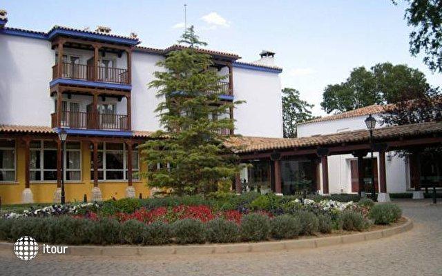 Parador De Manzanares 2