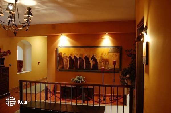 Rio Convento De La Luz 8