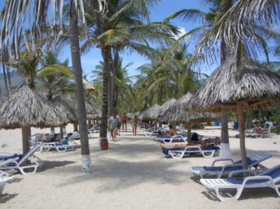 Dunes Hotel & Beach Resort 8