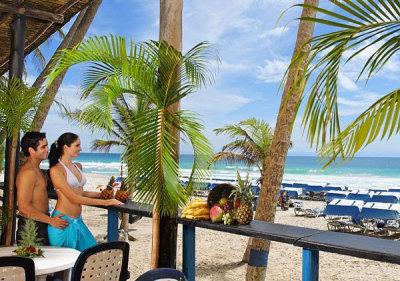 Hesperia Playa El Agua 8