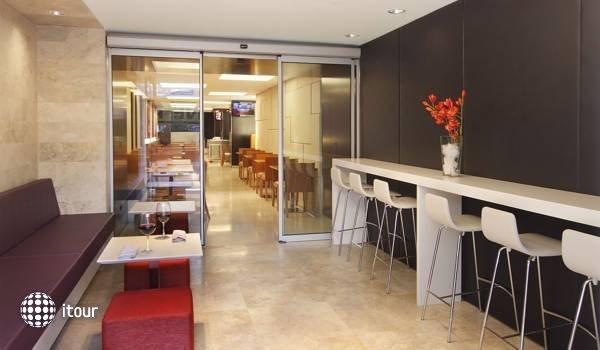 Aspen Suites Hotel  8