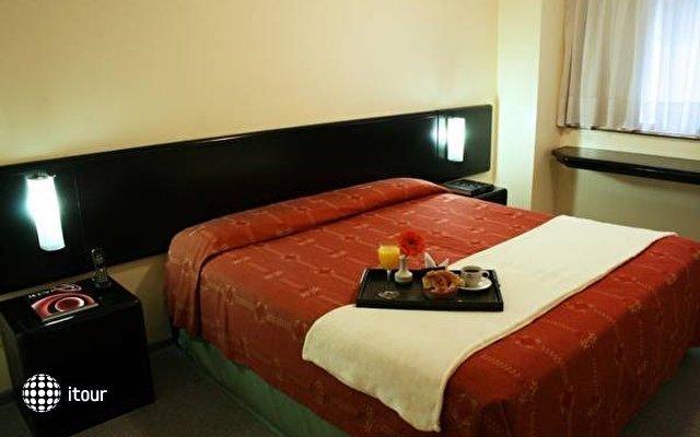 Plaza San Martin Suites 8