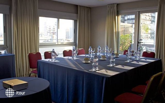 Tryp Buenos Aires  10