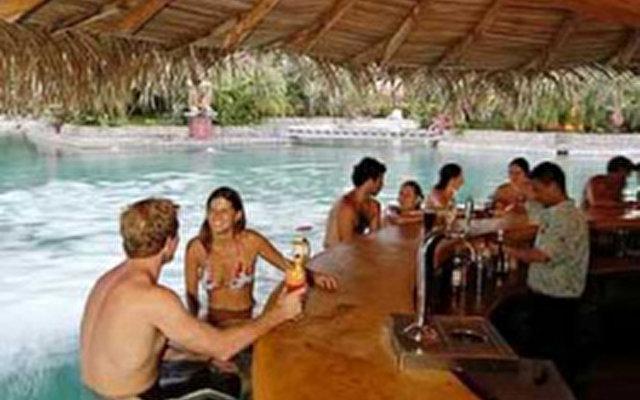 Tamarindo Diria Beach & Golf Club  2