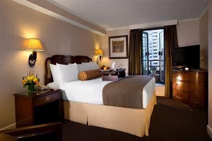 Hilton Manhattan East 4