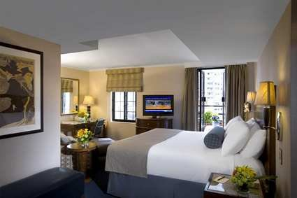 Hilton Manhattan East 3