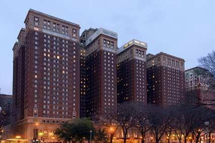 Hilton Chicago 1