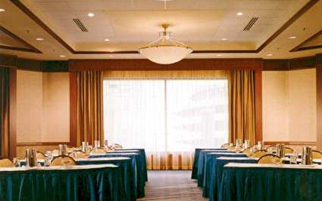 Hilton Suites Chicago/magnificent Mile Hotel 2