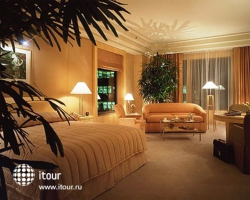 Four Seasons Hotel New York 1