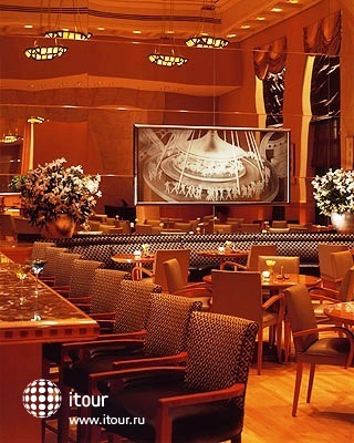 Four Seasons Hotel New York 7